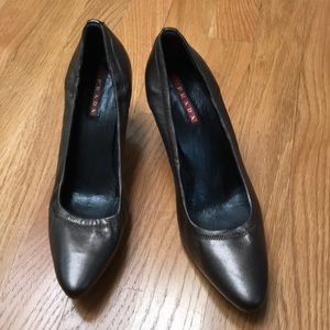 Prada bronze leather heeled shoes, size 36